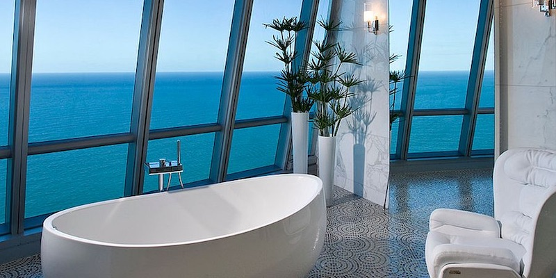 20 Luxurious Bathrooms with Ocean View
